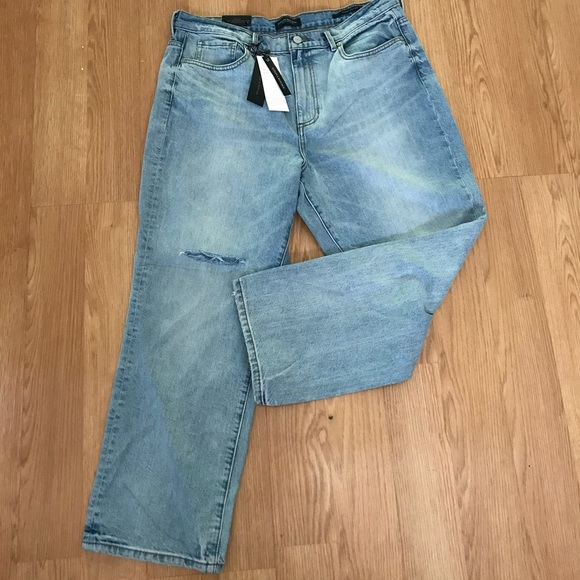 b658ca0e Sadie Wash Vintage Straight distressed Jeans. NWT. Banana Republic